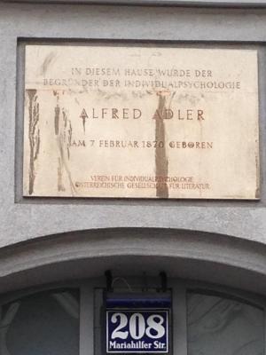 Plaque adler